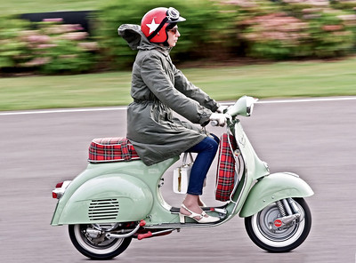Scooter_girl_2-2