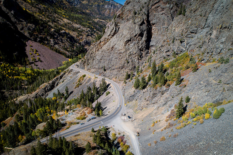 "DRONE LOOKING DOWN ON THE ""MILLION DOLLAR HWY"" BETWEEN OURAY AND DURANGO"