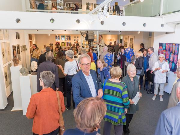 """Vernissage """"Das Bild des Menschen: Kopf - Porträt - Maske"""" in der Galerie Netuschil Darmstadt am 2. Oktober 2016"""