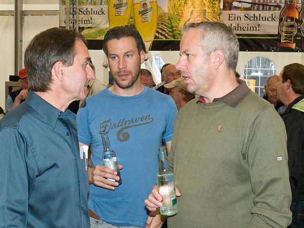 Traditioneller Frühschoppen am 2. Juli 2012 in der Heiner-Arena auf dem Karolinenplatz, Günther Hamel (links), Arne Schlender und Felix Staudt (Staudt Events)