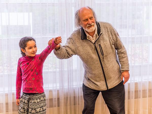 Musikwerkstatt mit Peter Ausländer: Körpermusik - Was hat mein Knie mit Musik zu tun? (70. Frühjahrstagung des INMM Darmstadt: Body sounds. Aspekte des Körperlichen in Neuer Musik)