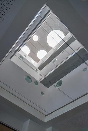 Neubau Chemie- und Biotechnologie der Hochschule Darmstadt (CuB), Atrium (Foto: Christoph Rau)