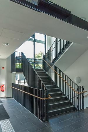 CuB, Motiv 3: Treppenhaus