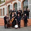 Das Swingsound-Orchester am 16. April 2010 vorm Prinz-Emil-Schlösschen in Bessungen/Darmstadt