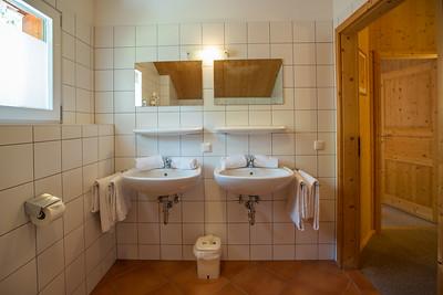 KUBIZAPHOTO_ALPs_ALPENDORF_DACHSTEIN_WEST_Haus_08_PRINT_2017-8748