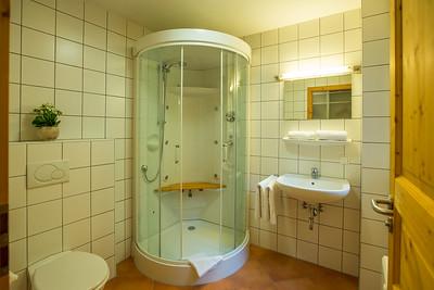 KUBIZAPHOTO_ALPs_ALPENDORF_DACHSTEIN_WEST_Haus_21_WEB_2017-1425