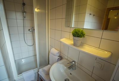 KUBIZAPHOTO_ALPs_ALPENDORF_DACHSTEIN_WEST_Haus_57_PRINT_2017-9083