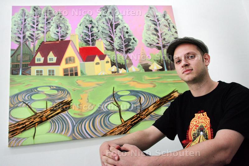 Kunstenaar Rens Krikhaar - DEN HAAG 12 OKTOBER 2010 - FOTO NICO SCHOUTEN