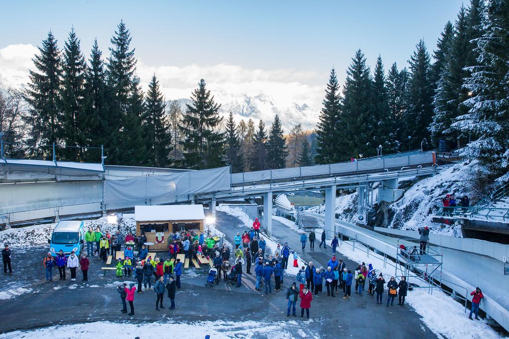 Fotograf: kristen-images.com / Michael Kristen // 18.11.2017 / Bobbahn Innsbruck-Igls / Rodeln / Rennrodel Weltcup - WC 2017 / Kunstbahnrodeln / Bild: Kiosk im Kreisel