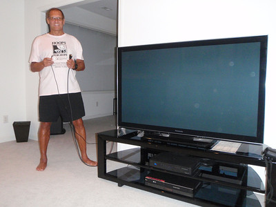 Dennis got cables to connect his PC to his big screen TV
