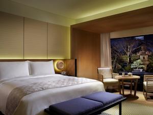 Ritz-Carlton Kyoto bedroom