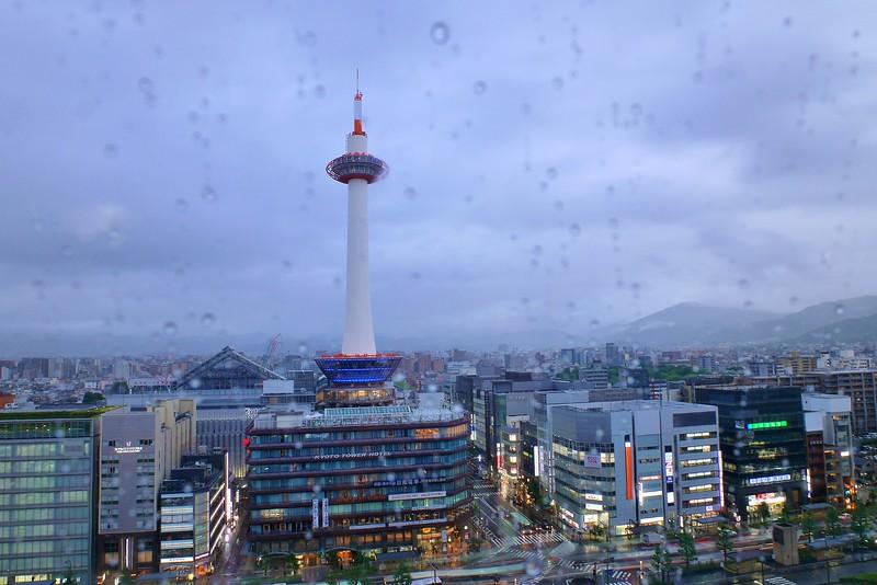 Raindrops / Kyoto city 雨の京都