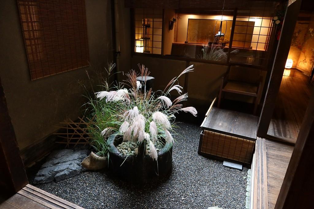 Tsubo-niwa at Tawaraya