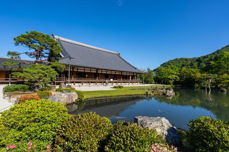 Tenryu-ji Temple garden pond. Editorial credit: Chatchawat Prasertsom / Shutterstock.com