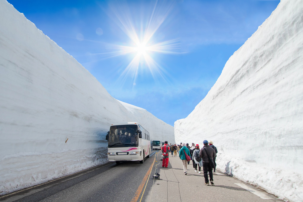 Spring in Tateyama (Yuki-no-Otani, or Great Snow Valley). Editorial credit: Venus.1777 / Shutterstock.com