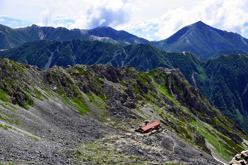 Mountain hut, Japan Alps. Editorial credit: Hachi888 / Shutterstock.com