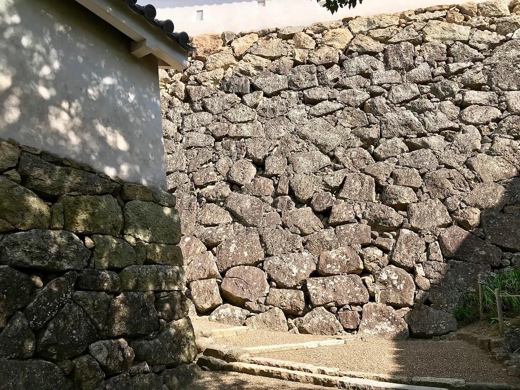 Fantastic stone walls.