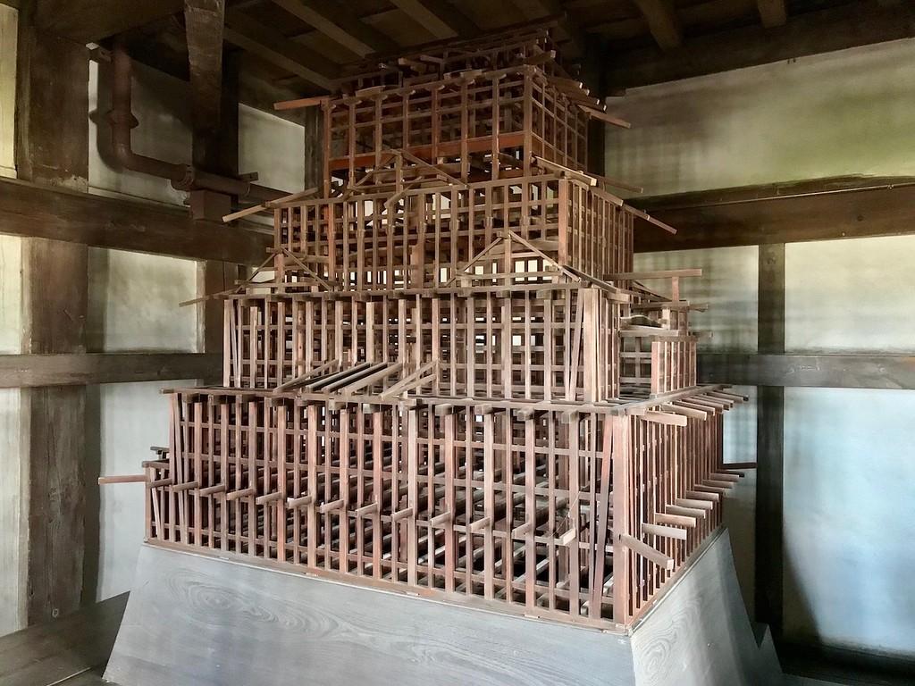 The framework of Himeji Castle.