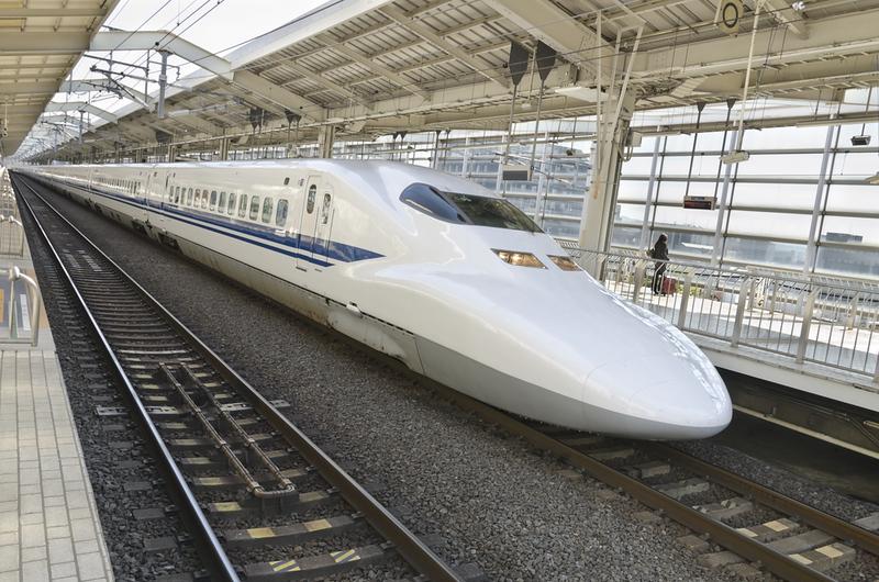 Shinkansen in Kyoto Station