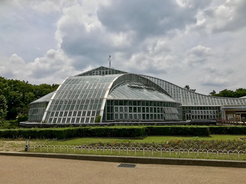 The conservatory, with its iron frames and glass windows, was designed to resemble the Kitayama Mountains nearby.