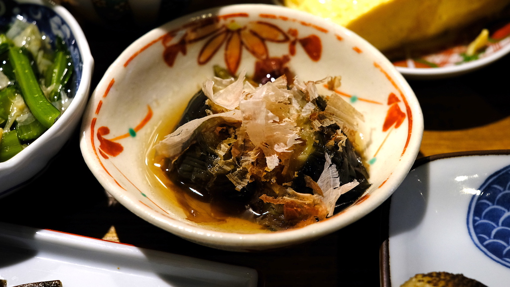 Fried eggplant in dashi broth.