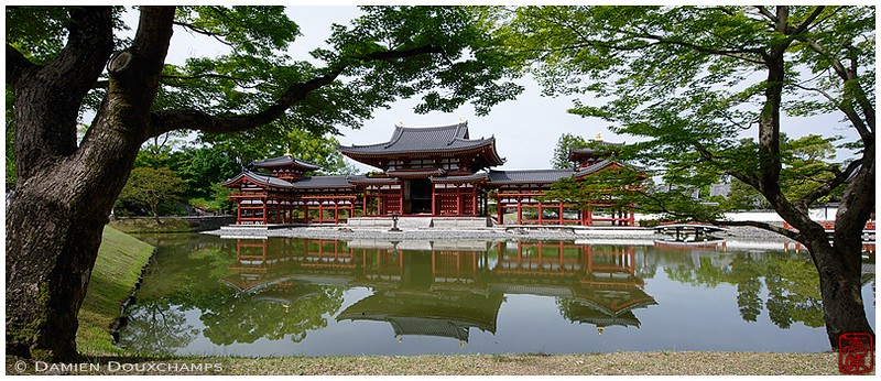 The Phoenix Hall at Byodo-in Temple in Uji: copyright Damien Douxchamps