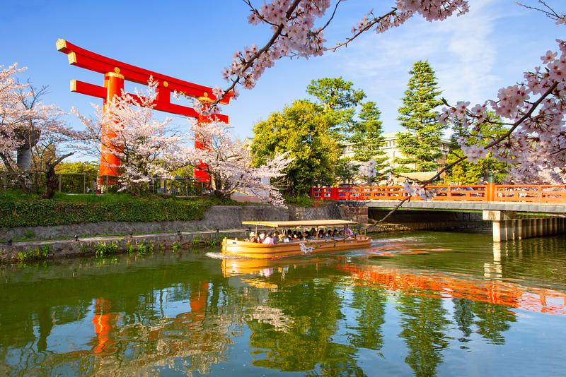 Okazaki-koen Park Area. Editorial credit: Sean Hsu / Shutterstock.com