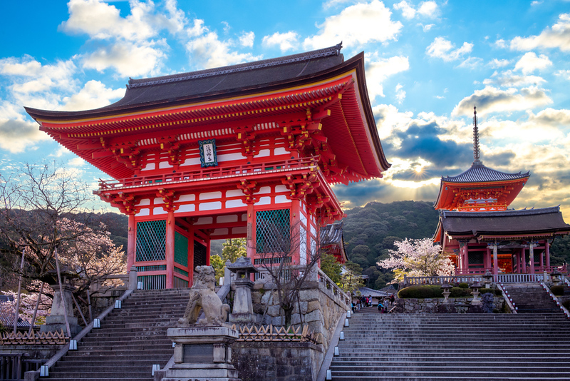 Kiyomizu-dera Temple. Editorial credit: Richie Chan / Shutterstock.com