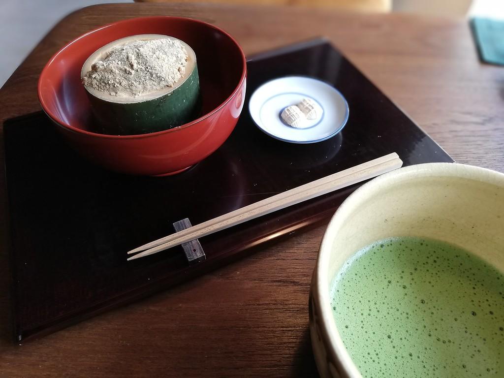 Warabi mochi and matcha tea