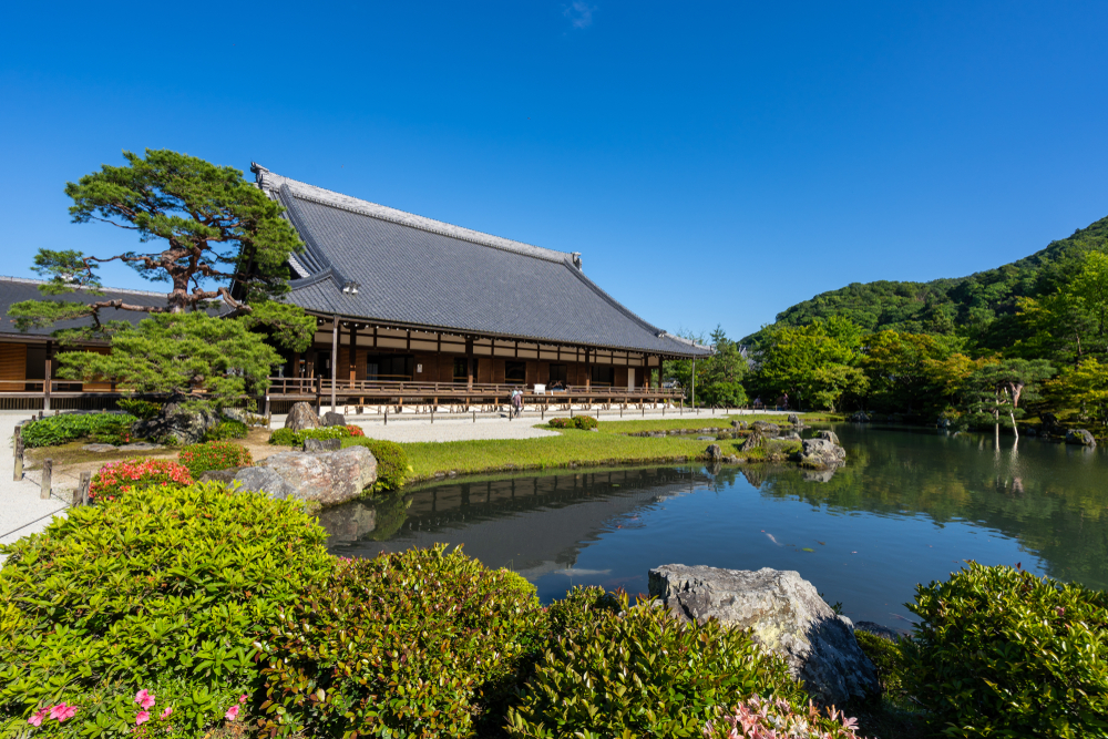 Tenryu-ji Temple main hall and garden. Editorial credit: Chatchawat Prasertsom / Shutterstock.com