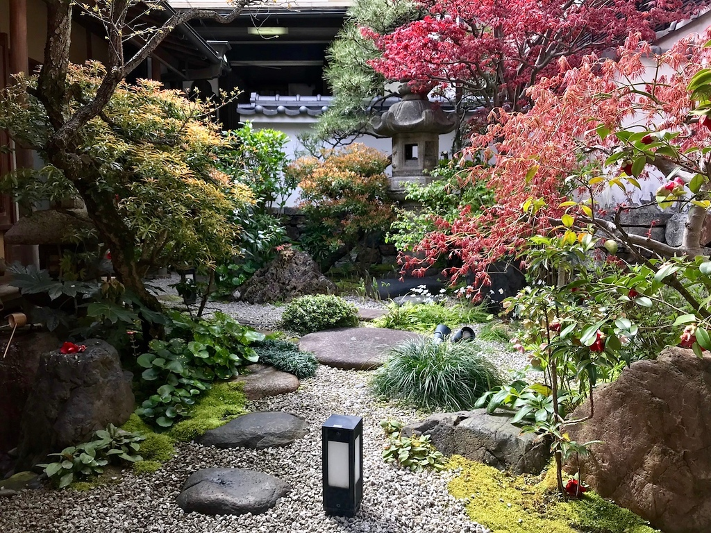 One of the courtyard gardens inside Seike Yuba.
