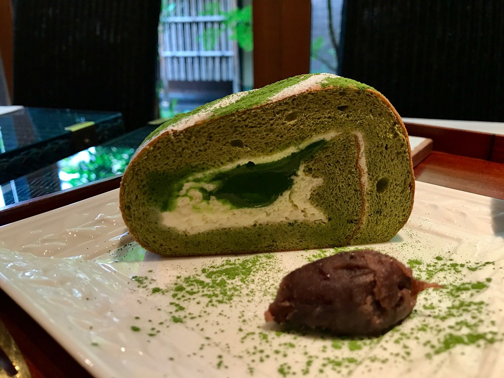 The cake is served with sweetened azuki red bean paste.