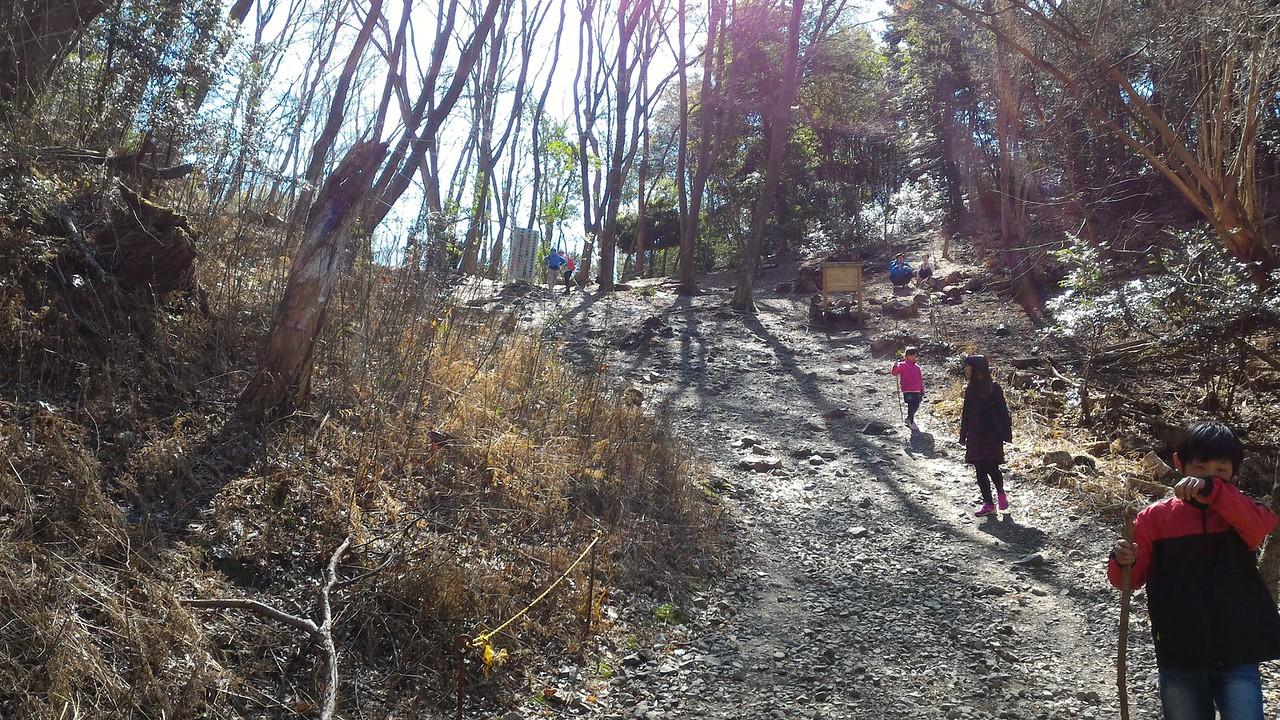 Scree slope to Sennin-zuka