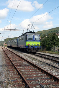 2) BLS, 420 502 at Laufelfingen on 15th September 2007