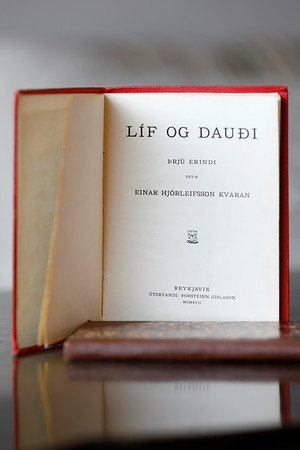 Líf og dauði : þrjú erindi