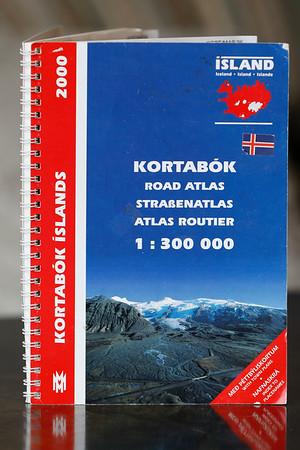 Kortabók = Road atlas = Strassenatlas = Atlas routier