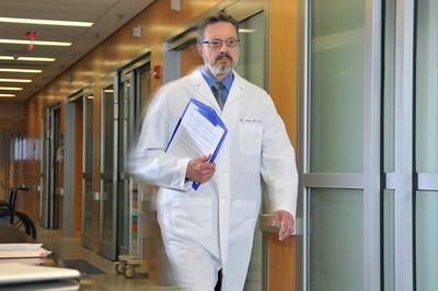 Mark_Lema_Anesthesiology_hr_6686