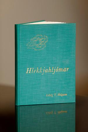 Hlekkjahljómar : ljóð og stökur / Lúðvíg T. Helgason