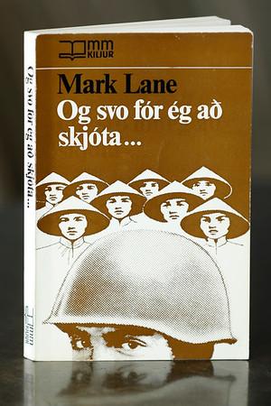Og svo fór ég að skjóta - : frásagnir bandarískra hermanna úr Víetnamstríðinu
