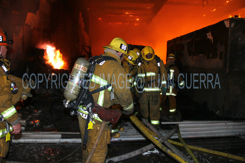 LAFD_Cozycroft Fire_013