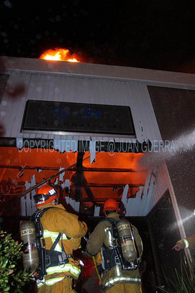 LAFD_Cozycroft Fire_046