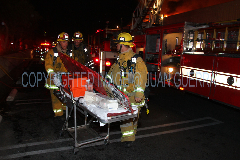 LAFD_Cozycroft Fire_021