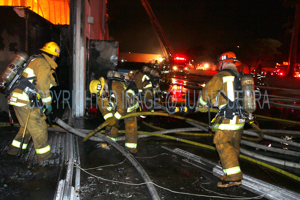 LAFD_Cozycroft Fire_015