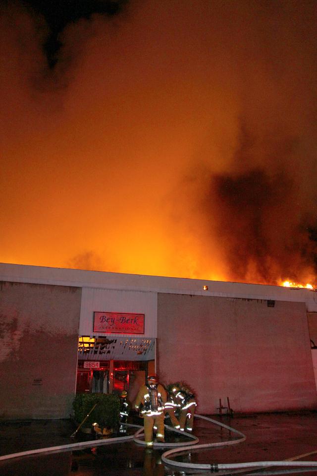 LAFD_Cozycroft Fire_016