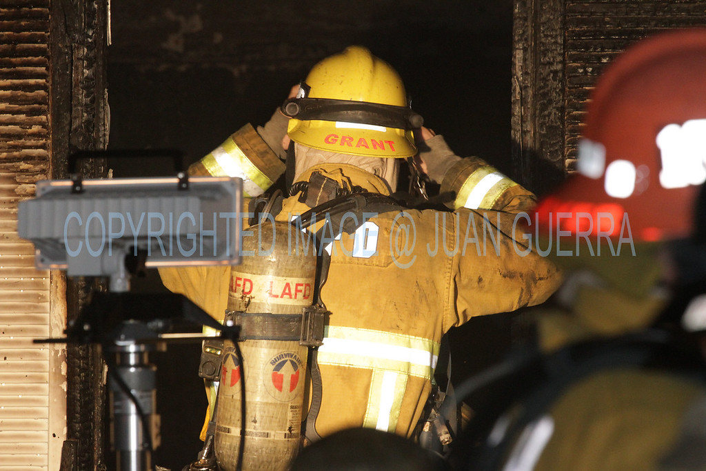 LAFD DRUG LAB HOUSE FIRE 105_08