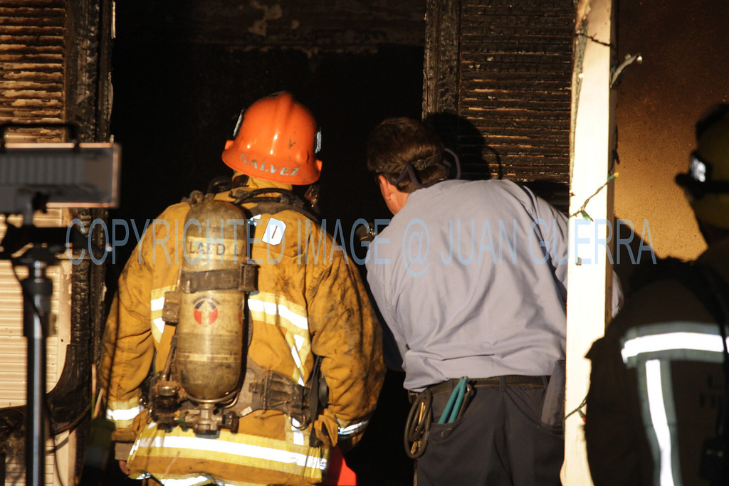 LAFD DRUG LAB HOUSE FIRE 105_38