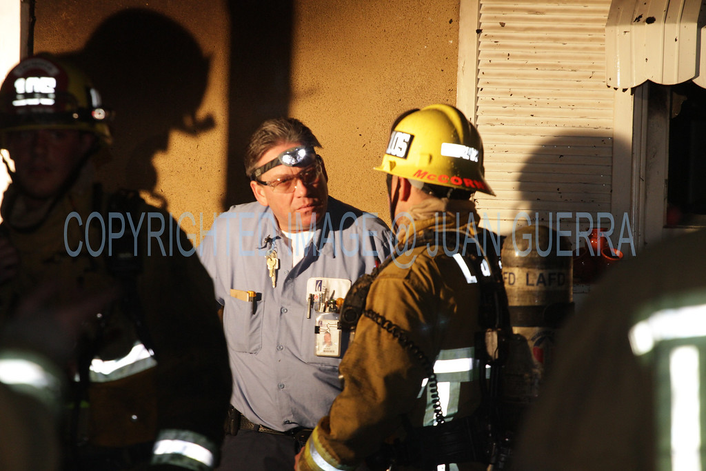 LAFD DRUG LAB HOUSE FIRE 105_39