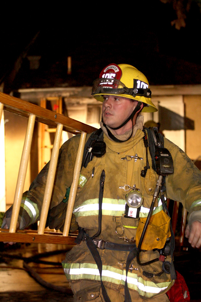 LAFD DRUG LAB HOUSE FIRE 105_48