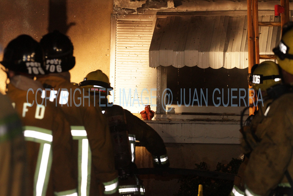 LAFD DRUG LAB HOUSE FIRE 105_03