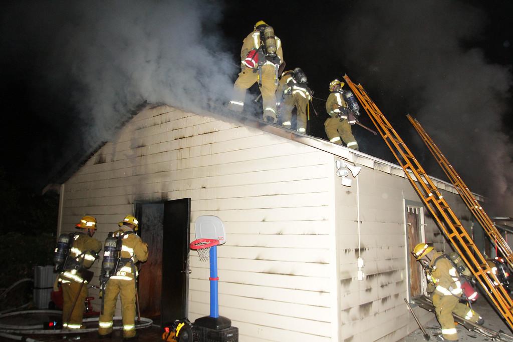 LAFD_STRUCT FIRE_ BURBANK BLBD GARAGES___13